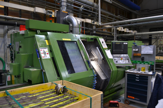 Stock No.: 3445 CNC-LATHE Manuf.: GILDEMEISTER, Type: MF TWIN 65 Serial No.: 04280002921, Build: