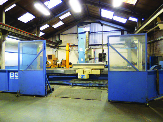 Heidenhain 426/430 CNC control. Year 2000. Table 1,800mm x 1,800mm. X=5,000mm. Y=2,000mm. W=1,500mm.