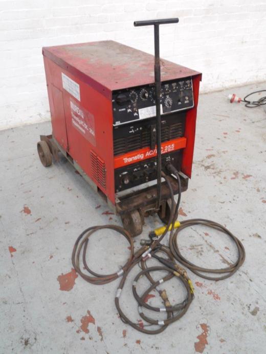 Manufacturer: MUREX Model: Transtig  Square Wave AC/DC 255 Location: HOSE Serial No.: MH 809034