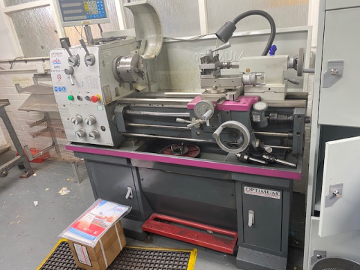 Excel Optimum D320 x 630 Dpa Centre Lathe in excellent condition.  C/w 3&4 jaw chuck, two axis dro