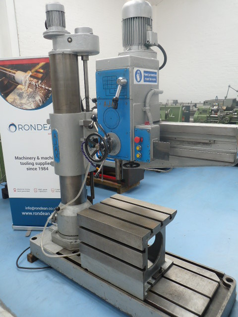 CAPACITY 		4'(1220mm)  4MT 