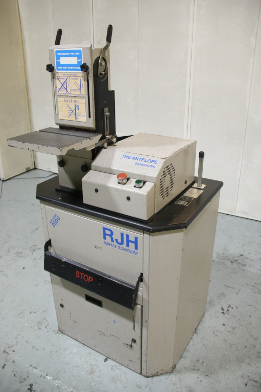 Max' Belt Width 150mm