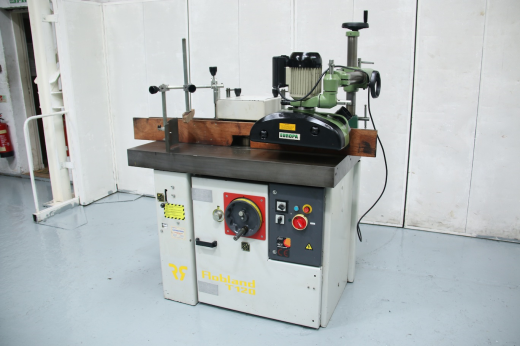 Spindle speeds 3000 / 4500 / 6000 / 7000 Spindle Stroke 205mm Power Feed Unit Attachment #78334