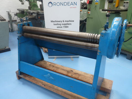 """ROLL LENGTH1250mm (49"""") CAPACITY2mm (14g) ROLL DIA100mm (4"""") With grooves for bar / rod ben"""