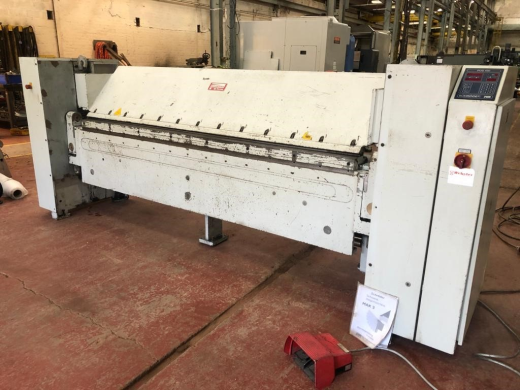 Year:   2000  S/No.:  220119  Folding Length: 2500mm  Folding Thickness: 2.5mm  With: POS 40