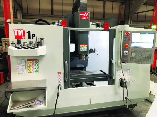 Traverses X Y Z: 762 x 305 x 406mm,  table 1,213 x 267mm,  spindle speed 40-6,000rpm,  spindle ta