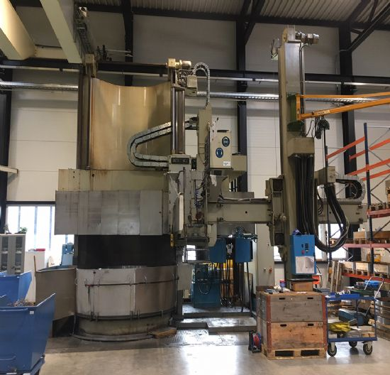 Max turning dia 2,800mm