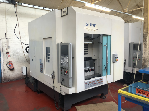 Vertical Machining Centre  CNC Control BROTHER CNC-B00 Table size 600 x 425 mm. Number of pallet