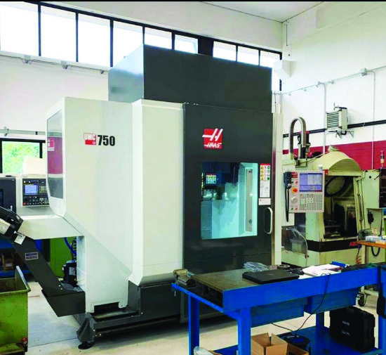 New 2019.  Full 5-axis,  Haas CNC,  500mm dia table,  12,000rpm,  probing,  X=762, Y=508, Z=50