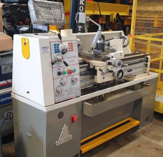 Chester Challenger Manual Lathe, 2008, s/n 0860270, centre height 200mm, between centres 1,000mm, Sw