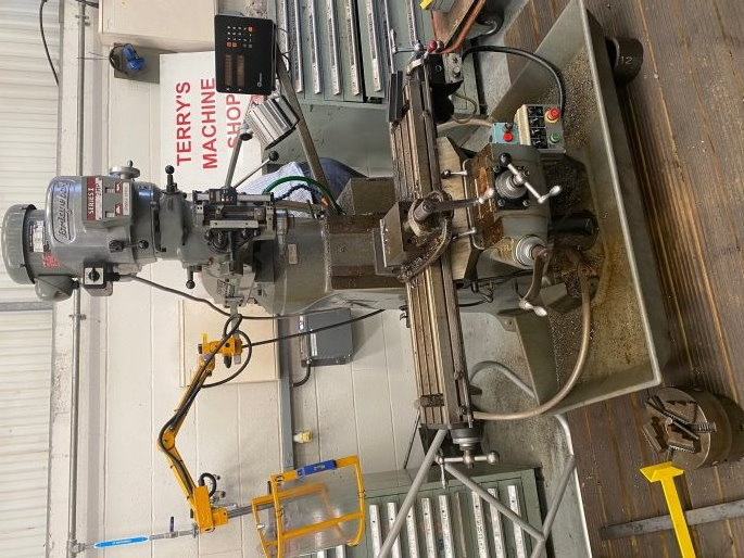 "2HP Turret Mill with 2 Axis Heidenhain DRO,digital vernier quill, longitudinal & rapid feed to 42"" t"