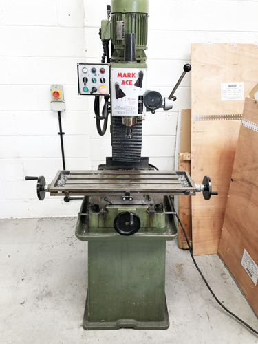 MARK ACE VERTICAL MILL 3 MT Spindle : 12 Speeds 80 - 3300 rpm : Table 800 x 240mm : Hand Feeds : Han