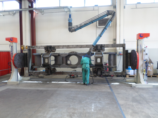10000 Kgs Capacity. New Elevating Head & Tailstock positioners. These can be floor mounted or opti