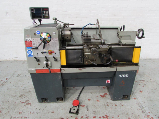 Manufacturer: COLCHESTER Model: Master 2500 Location: HOSE Serial No.: 5/0008/13149 Height of ce